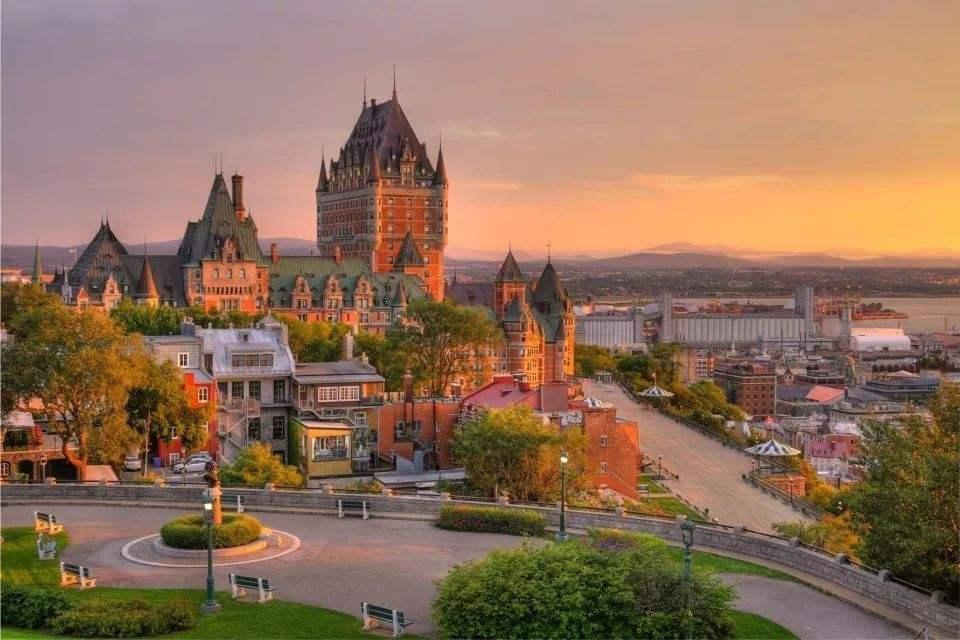 移民加拿大最快通道:魁北克省PEQ移民项目详解